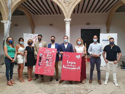 Lorca abierta por vacaciones con  ''Noches de verano y cabaret''