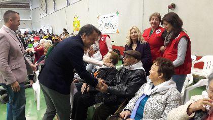 El Pabellón de las Alamedas acoge el V Encuentro Intercentros de Atletas Seniors con la asistencia de 200 mayores de centros de día y residencias del municipio