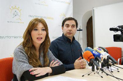 La Junta de Gobierno aprueba las primeras 49 ayudas de 800 euros establecidas por la Mesa Solidaria para familias damnificadas por los seísmos que permanecen fuera de sus viviendas