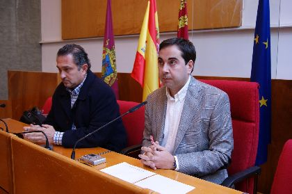 La Junta de Gobierno Local acelera el inicio de las obras de restauración en un tramo de la muralla medieval y en el Palacio de Guevara