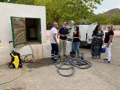 El Ayuntamiento de Lorca lleva a cabo labores de prevención y control de legionelosis en los 38 colegios del municipio