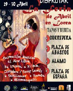 70 comercios y 10 establecimientos hosteleros participan en una iniciativa de la Unión de Comerciantes y Hostelor para acercar la ''Feria de Abril'' a las calles de Lorca