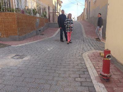 El Ayuntamiento de Lorca concluye las obras de remodelación y ensanchamiento de la Calle Capachas para garantizar el paso de vehículos de emergencia