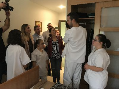 Cuatro usuarios del SEPAP de Down Lorca realizarán prácticas pre-laborales en la Residencia Caser gracias a un convenio de colaboración entre ambas entidades