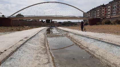 El Ayuntamiento continúa con la limpieza y adecuación del cauce río Guadalentín a su paso por la ciudad