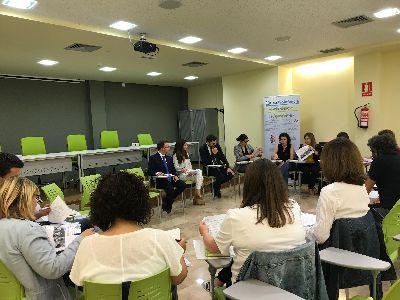 La Mesa Plenaria de Infancia y Adolescencia se re�ne para analizar el trabajo desarrollado en Lorca durante el curso con los menores en riesgo de vulnerabilidad social