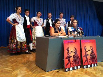 El Festival de Folklore ''Virgen de las Huertas'' cumple su 25 aniversario con grupos de Turquía, Serbia y Senegal, que junto a los grupos locales subirán a 160 personas al escenario
