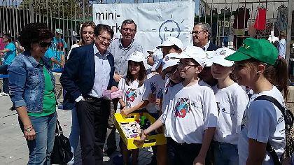 M�s de 450 alumnos procedentes de 18 centros educativos de toda la comarca participan el primer Mini-Market escolar celebrado en Lorca