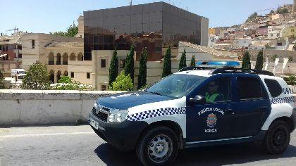 Unidades de la Policía Local evitan el robo de un vehículo en la diputación de Tercia durante la madrugada de este jueves