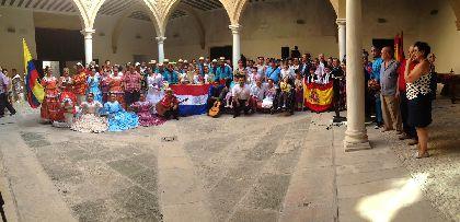El Palacio de Guevara acoge la recepción oficial de 100 participantes procedentes de Indonesia, Paraguay, Colombia y Lorca que participan en el XXVII Festival Internacional de Folclore Virgen de las Huertas
