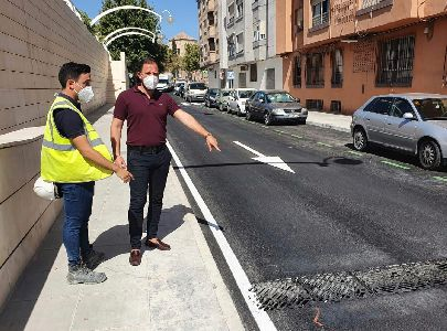 Aguas de Lorca renueva la red de abastecimiento y recogida de aguas pluviales de la calle San Fernando