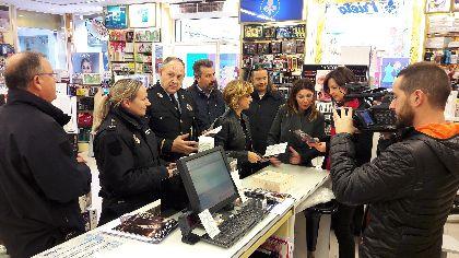 Ayuntamiento, Unión de Comerciantes y Policía Nacional ponen en marcha el Plan Comercio Seguro, con más presencia policial en las áreas comerciales durante las fechas navideñas