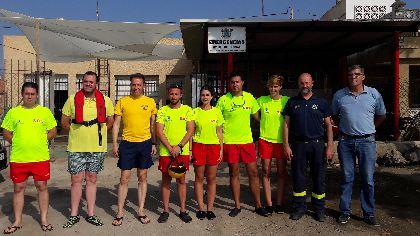 El Alcalde destaca la extraordinaria labor de los miembros del dispositivo municipal desplegado en la costa de Lorca, que este año revalida Bandera Azul y distinciones de calidad