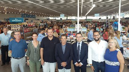 El Alcalde destaca que la apertura de un nuevo establecimiento de Aldi acent�a la capitalidad subregional de Lorca y su liderazgo como cabecera de comarca