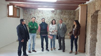 El Ayuntamiento habilita las nuevas instalaciones que acogerán la Oficina de Turismo en la Plaza de España con el objetivo de contribuir a la reactivación del casco histórico