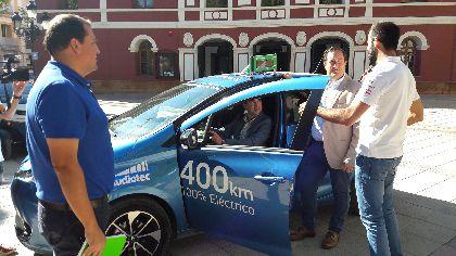El Ayuntamiento apuesta por fomentar el uso de vehículos eléctricos dentro de la línea de trabajo de Ciudad Inteligente para lograr una movilidad sostenible y limpia
