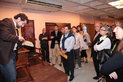 El Alcalde de Lorca, Francisco Jódar, inaugura la exposición ?Asentamientos Rurales Andalusíes en la Frontera Oriental Nazarí?
