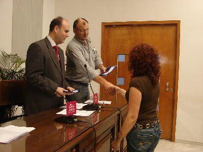 29 centros lorquinos se benefician de las ayudas de la segunda convocatoria del Bono Libro Municipal