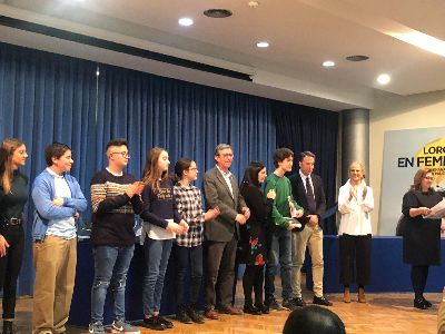 El Alcalde entrega los premios del Certamen de Narración para Educación Secundaria ''Premio Ángeles Pascual'' más participativos con 356 narraciones presentadas