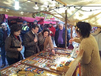 El Mercado Medieval de las fiestas de San Clemente reúne a 120 establecimientos en las plazas de Calderón, Colón y el Negrito, y se amplía a la calle Alporchones