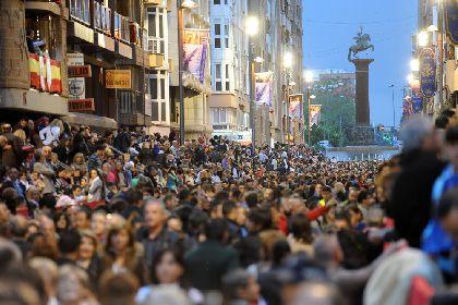 Las procesiones de Viernes de Dolores y Domingo de Ramos logran un rotundo éxito de respuesta popular, vendiendo todas las sillas disponibles