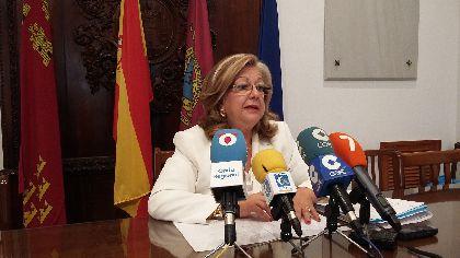 Satur Martínez: ''el compromiso de los vecinos del edificio ''Domus Aurea'' por volver a levantar sus viviendas es un ejemplo para todos los lorquinos''