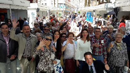 La Alameda de la Constitución acoge la X edición de la Feria ''Lorca Saludable'', que este año ofrece pruebas médicas gratuitas, actividades deportivas y talleres nutricionales