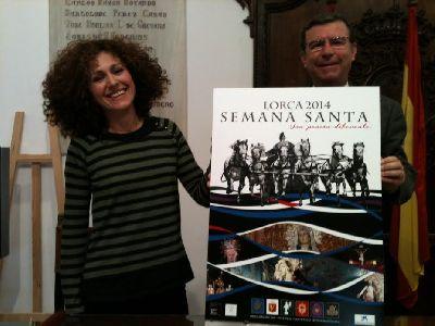 La diseñadora gráfica lorquina residente en Almería Elena Cruz López gana el concurso del cartel de la Semana Santa de Lorca para 2014 con la obra ''Pasión de Colores''