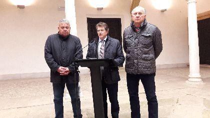 Los Presidentes de los Pasos Blanco y Azul transmiten al Alcalde su ''malestar y preocupación'' por los ataques del edil de Ciudadanos contra la Semana Santa
