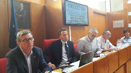 Lorca muestra su total apoyo a los Cuerpos y Fuerzas de Seguridad, solicita su equiparación salarial e insta a la defensa de la democracia con determinación y firmeza