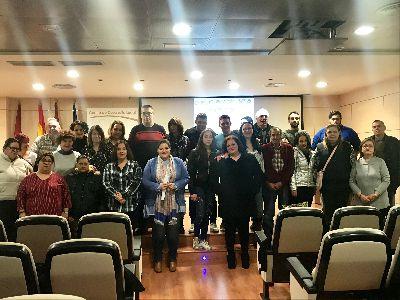 Más de 40 lorquinos en situación o riesgo de exclusión social se benefician de dos acciones formativas de habilidades sociales puestas en marcha por el Ayuntamiento