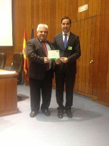 El Ayuntamiento de Lorca recibe las banderas verdes al compromiso ambiental así como a la educación ambiental y participación ciudadana
