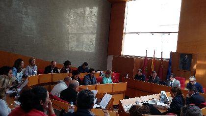 El Pleno Municipal aprueba una modificaci�n presupuestaria para destinar 400.000 � al arreglo de caminos en pedan�as