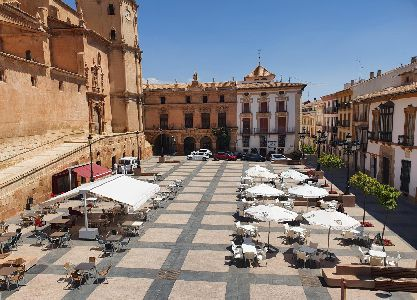 El mes de julio registra un importante descenso con un total de 512 personas desempleadas menos en el municipio de Lorca
