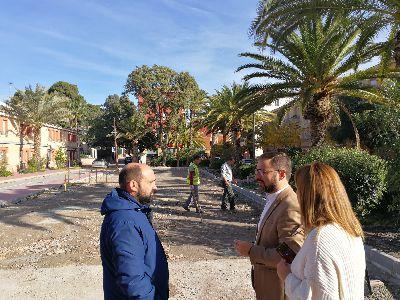 El Ayuntamiento de Lorca inicia las labores de reacondicionamiento del barrio de Alfonso X atendiendo las reivindicaciones y propuestas de sus vecinos