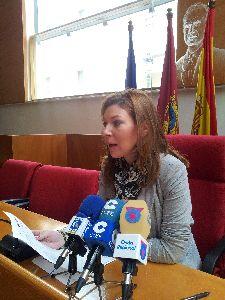 La Mesa Solidaria ha distribuido hasta el momento 3.338.572,89 euros entre las familias lorquinas perjudicadas por los seísmos del pasado año