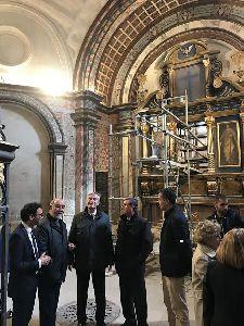 El Embajador de Irlanda en España visita Lorca para conocer de primera mano los trabajos de restauración de la Colegiata de San Patricio