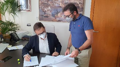 El Ayuntamiento exige a la CARM que compense a las administraciones locales por los gastos generados por la pandemia