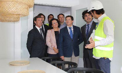 El Alcalde de Lorca y el Subsecretario de Fomento visitan las obras de reconstrucción del residencial Barrio de San Fernando