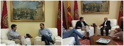 El Alcalde entrega a los representantes de PSOE e IU una Propuesta de Acuerdo de Gobernabilidad Compartida e insta a actuar a todos los partidos ''a la altura de lo que los lorquinos piden''