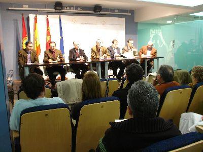 El Director General de Recursos Humanos de la Consejería de Educación y Peñarrubia se reúne con los directores de los colegios de la Comarca para conocer sus inquietudes