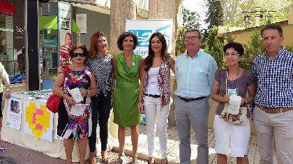 La Asociaci�n Alzheimer Lorca conmemora el D�a Mundial del Alzheimer ofreciendo informaci�n para concienciar a la sociedad sobre esta enfermedad
