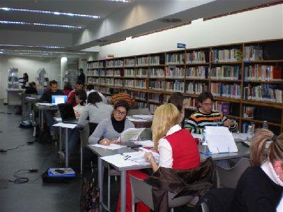 La Sala de Estudios del Centro Cultural amplia sus horarios a favor del periodo de exámenes de los universitarios