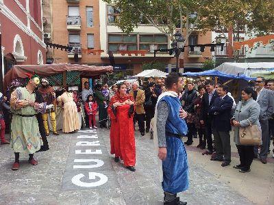 Jódar inaugura el Mercado Medieval de las fiestas de San Clemente, con 110 puestos que estarán hasta el lunes en las Plazas de Calderón, Colón y el Negrito