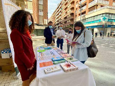 El Ayuntamiento de Lorca conmemora el Día Mundial Sin Tabaco informando a la población de los riesgos del tabaquismo