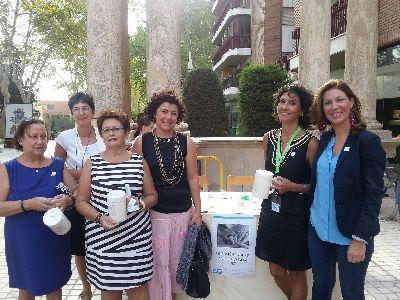 El Ayuntamiento destaca el trabajo desarrollado por parte de la asociaci�n Alzheimer Lorca e incorpora a la ciudad como ''Ciudad Solidaria con el Alzheimer''