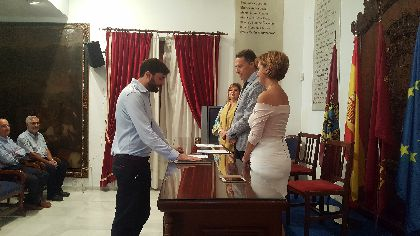 El nuevo tesorero municipal del Ayuntamiento de Lorca, el lorquino Antonio Segura, toma posesión de su cargo
