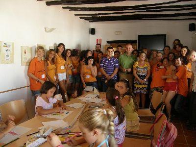 Jóvenes de España, Alemania y Francia participan en la dinamización sociocultural de Coy