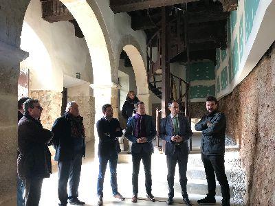 Las obras de recuperación del Pósito de Panaderos sacan a la luz uno de los frentes del torreón de la muralla medieval