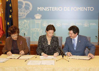 El alcalde de Lorca firma el convenio para la rehabilitación integral del Teatro Guerra, que se iniciará de forma inmediata
